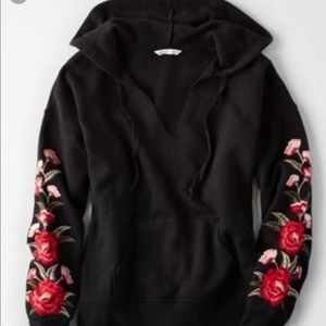 American Eagle Rose embroidered sweatshirt